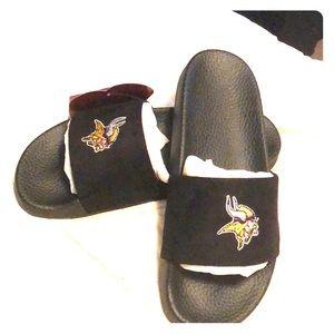 8317aeff Women Minnesota Vikings Shoes on Poshmark